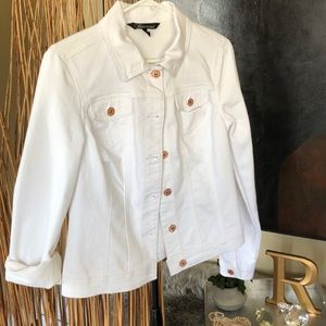 Short White denim jacket